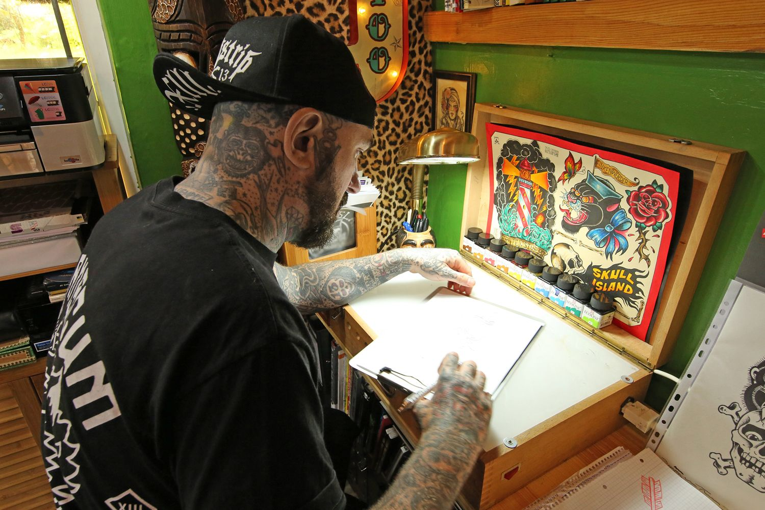 Skull Island Tattoo Studio in Hamburg